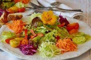 salad 2655915 640 300x200 2