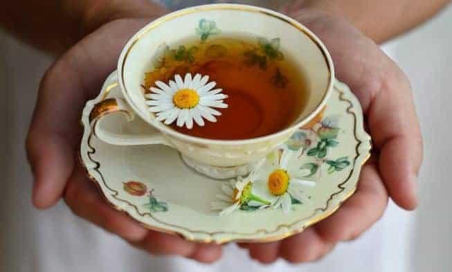 tè con camomilla