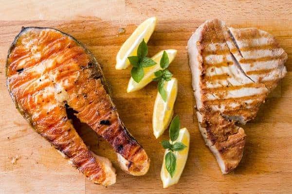 pesce e carne alla griglia