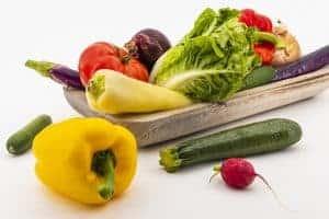 pepe, zucchine, pomodori, ravanello